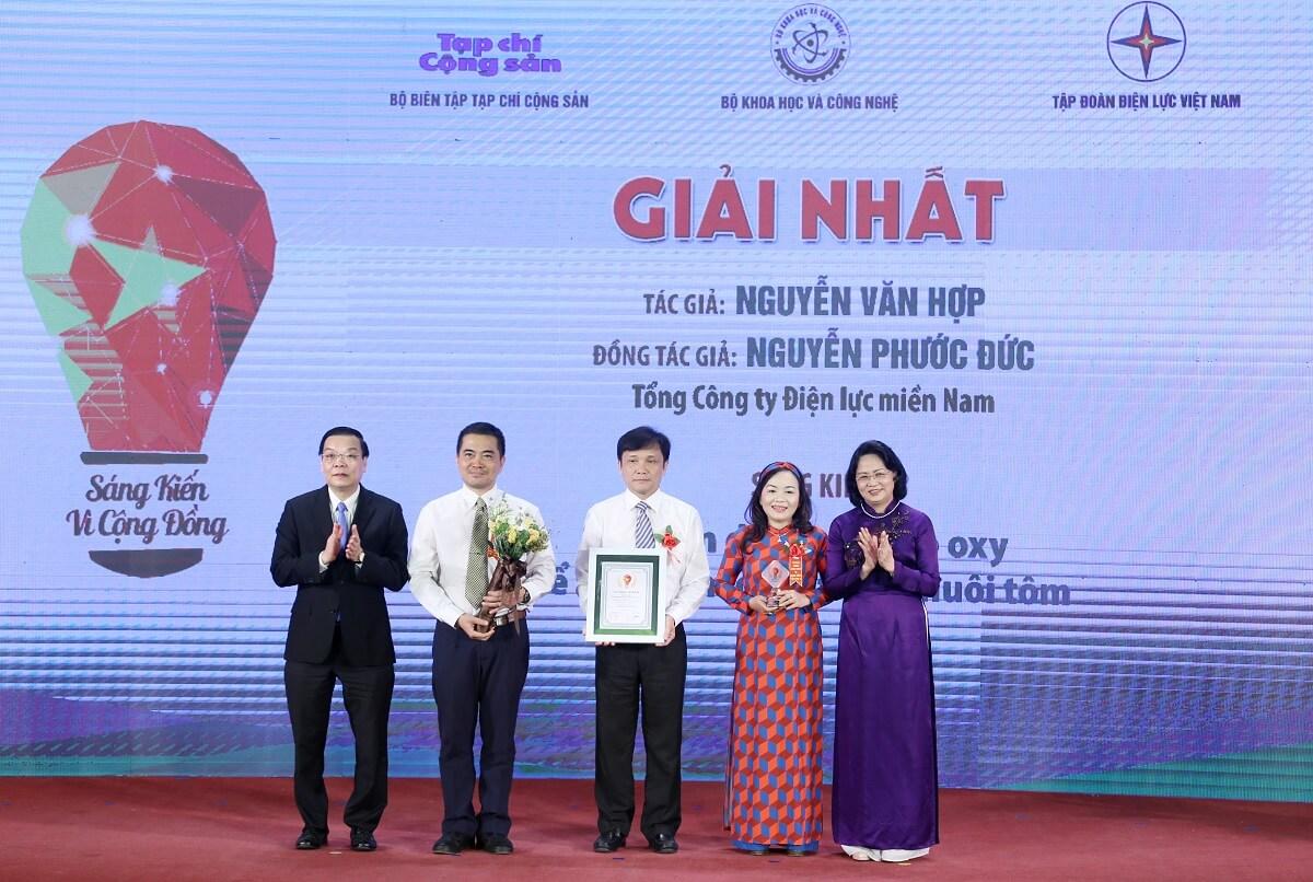 Lễ trao giải Cuộc thi 'Sáng kiến vì cộng đồng năm 2018' và phát động phong trào thi đua sáng tạo